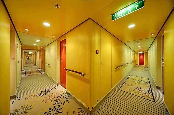 aidastella-corridor 580