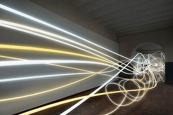Escultura de luz Fortuna de Grimanesa Amorós