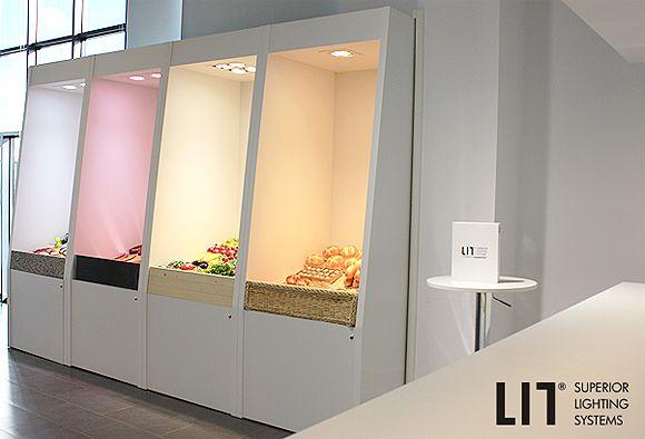 LIT_showroom2 580