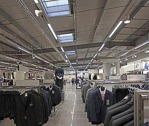011 Store aisle 300