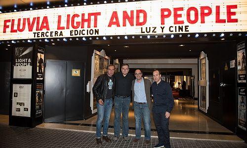 magia-cine-light-people