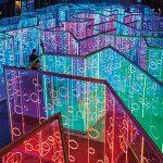 Yǔzhòu, un laberinto de luz y color para el Festival Luneng Sanya Bay