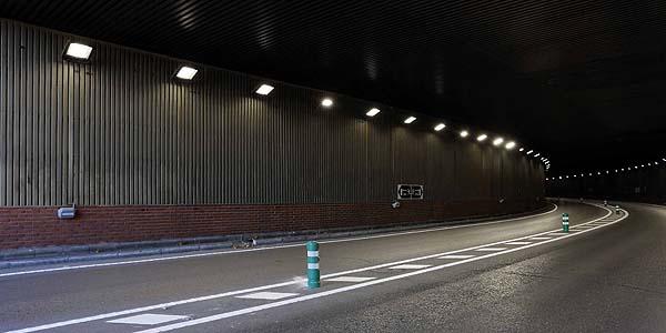 Schréder y Phoenix Contact crean una solución para ahorrar energía en la iluminación de túneles