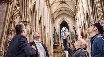 Gótico luminoso. Controlador de LED para las luminarias especiales de la catedral de Ulm