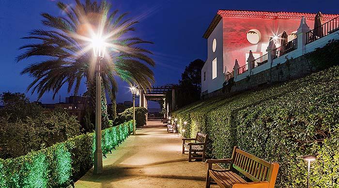 Proyecto lumínico de los jardines del Grec 2019 firmado por LEDS C4